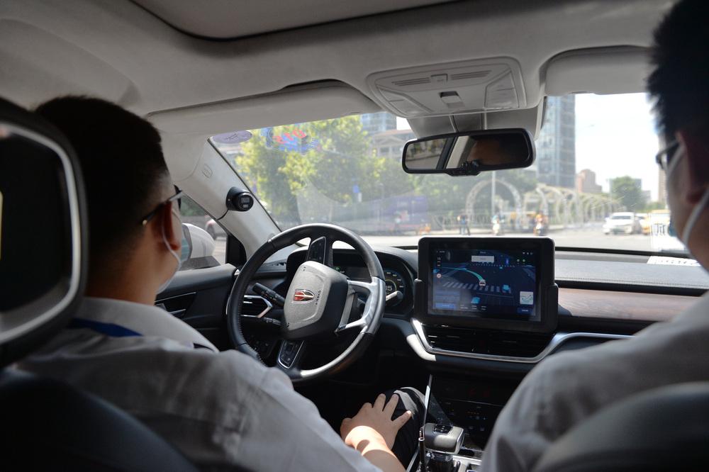 百度の自動運転タクシー、北京で試乗サービス開始 写真1枚 国際ニュース:AFPBB News