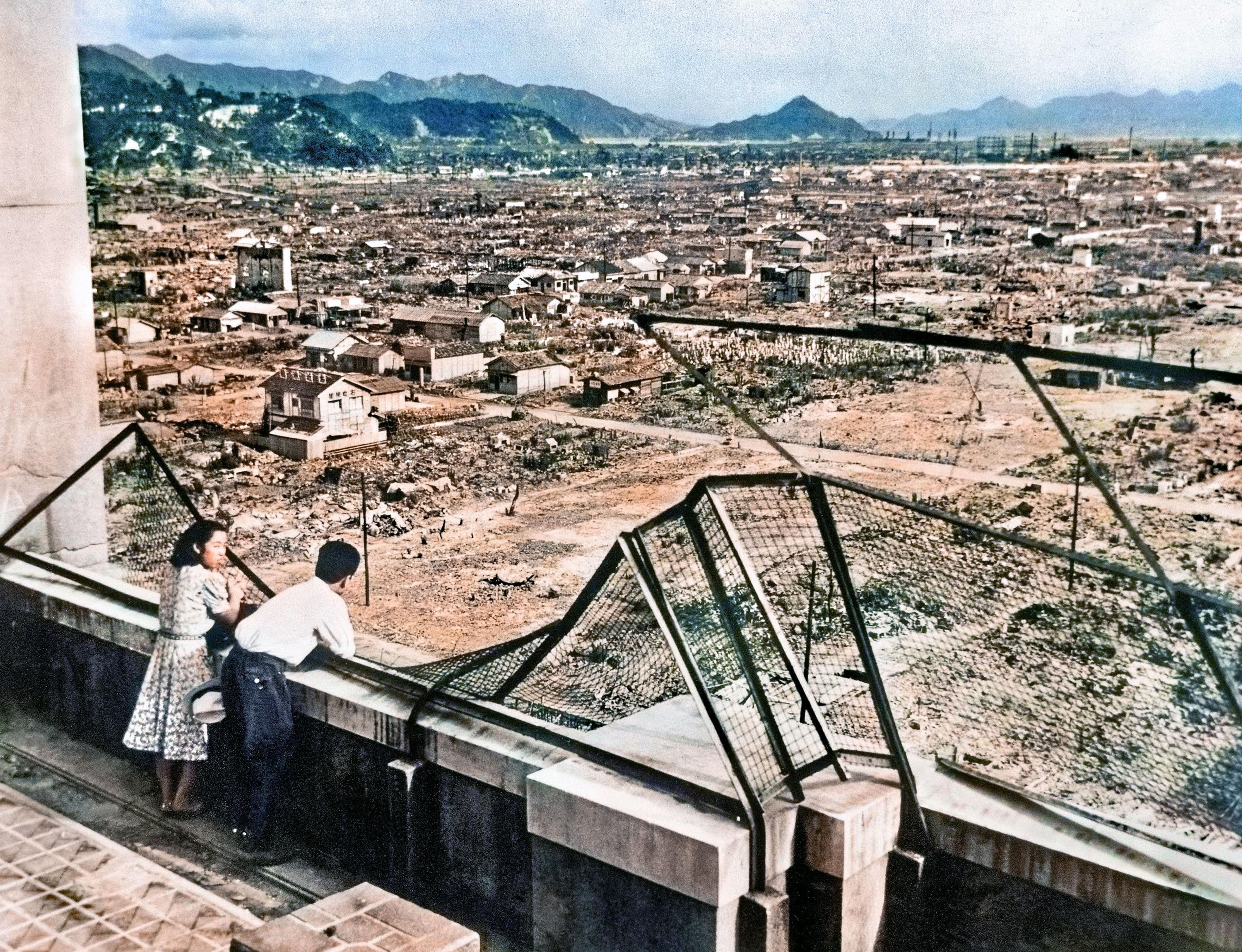 被爆翌年撮影の恋人は「私と妻」 広島の男性、写真出版で名乗り