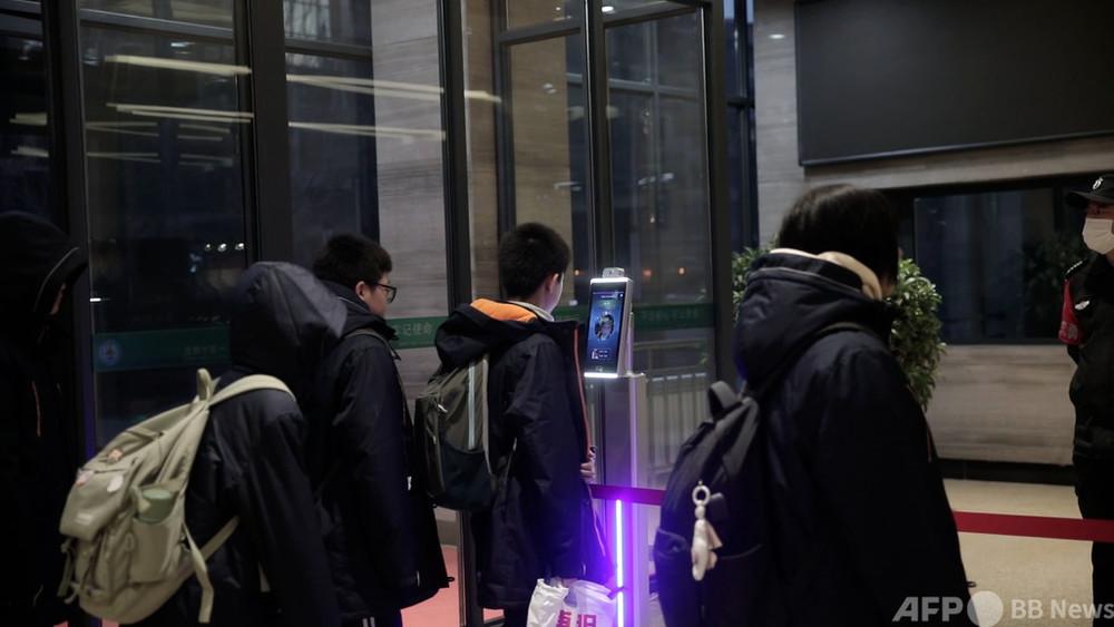 動画:保護者がスマホで子どもの給食を「注文」 中国・瀋陽の中学で新システムが好評 写真1枚 国際ニュース:AFPBB News